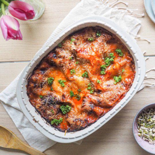 helppo vegaaninen lasagne tofu hummus