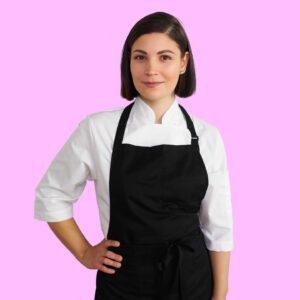 """Tammikuun """"keittiömestari suosittelee"""" -sarjan päättää reseptinikkari Emmiina Lehtonen, vuoden 2018 Suomen Nuori Kokki ja MM-pronssimitalisti.  🧑 Emmiina kehitteli teidän iloksi ja tähän vuodenaikaan juuri täydelliset reseptit.  🥘🌶 Korealainen kimchipata sopii erinomaisesti tulisen ruoan ystäville ja Japhae-bataattinuudeliannos uusilla paahtopaloilla on arjen nopea herkkunuudeliannos! jalotofu.fi/.../korealainen-tulinen-kimchipata.../ & jalotofu.fi/.../korealainen-tofuwokki-japchae.../ #keittiömestarinsuositus x"""
